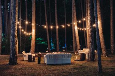 """banketnaya-ploshhadka-14-374x249 Стильная подача самой """"вкусной"""" свадебной зоны: оформляем банкетную площадку., картинка, фотография"""