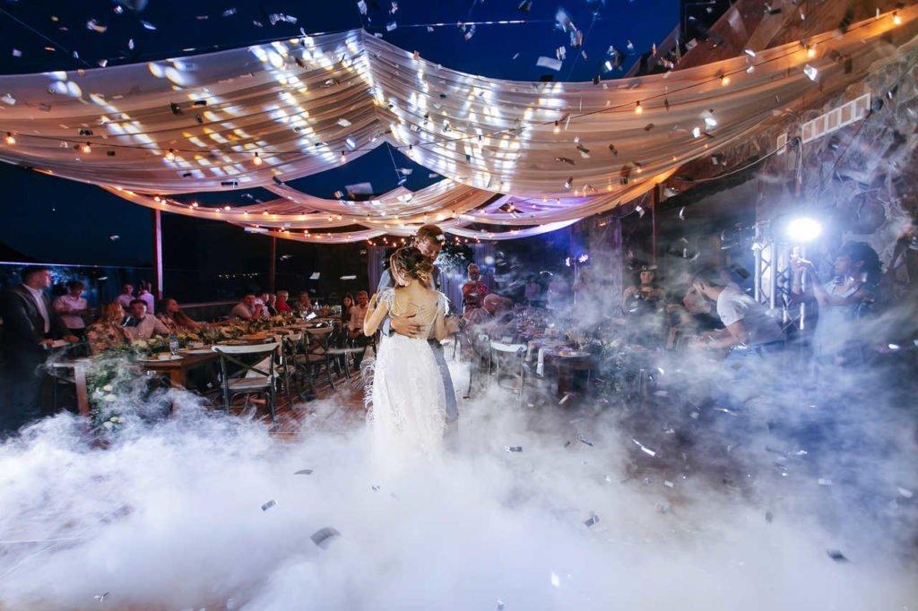 Artisty-na-svadbu-16-1024x682 Чем удивить гостей на свадьбе. Артисты на свадьбу., картинка, фотография