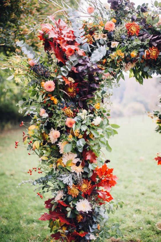 dekor-osennej-svadby-8-563x846 Оформление свадьбы осенью в Крыму., картинка, фотография