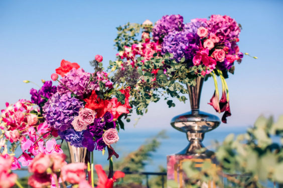 Svadebnaya-floristika-12-1024x683-564x376 Цветы на свадьбу: три стиля свадебной флористики., картинка, фотография