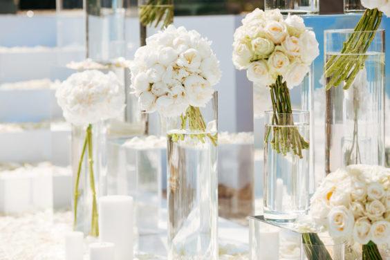 Svadebnaya-floristika-19-564x376 Цветы на свадьбу: три стиля свадебной флористики., картинка, фотография