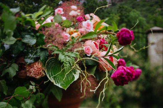 Svadebnaya-floristika-2-564x376 Цветы на свадьбу: три стиля свадебной флористики., картинка, фотография