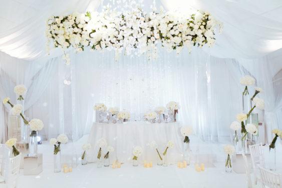 Svadebnaya-floristika-23-563x376 Цветы на свадьбу: три стиля свадебной флористики., картинка, фотография