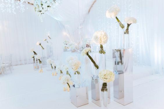 Svadebnaya-floristika-24-564x376 Цветы на свадьбу: три стиля свадебной флористики., картинка, фотография