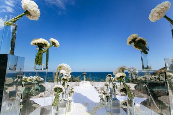 Svadebnaya-floristika-25-563x376 Цветы на свадьбу: три стиля свадебной флористики., картинка, фотография