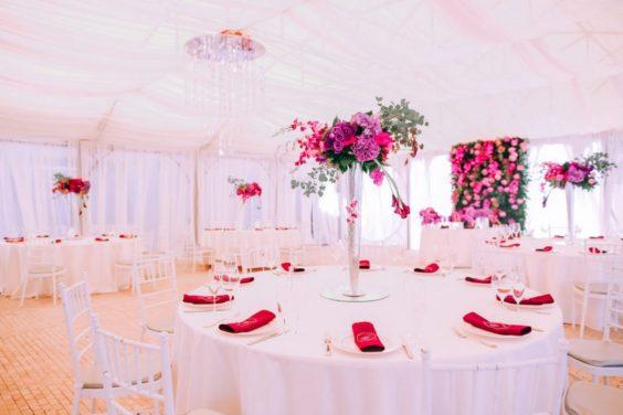 Svadebnaya-floristika-5-1024x683-564x376 Цветы на свадьбу: три стиля свадебной флористики., картинка, фотография