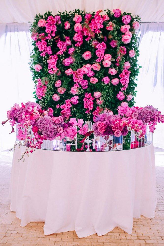 Svadebnaya-floristika-7-683x1024 Цветы на свадьбу: три стиля свадебной флористики., картинка, фотография