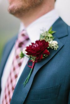 butonerka-zeniha-3-226x334 Оформление свадьбы цветами, картинка, фотография