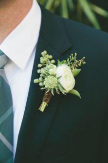 butonerka-zeniha-4-222x334 Оформление свадьбы цветами, картинка, фотография