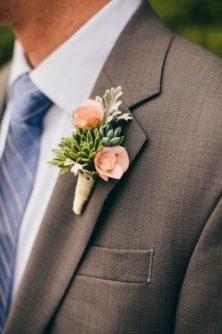 butonerka-zeniha-5-222x334 Оформление свадьбы цветами, картинка, фотография