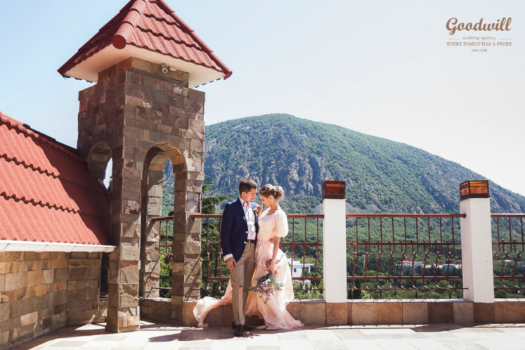 samye-krasivye-mesta-dlya-svadby-v-Krymu-1-747x498 Свадьба в Крыму, самые красивые места., картинка, фотография