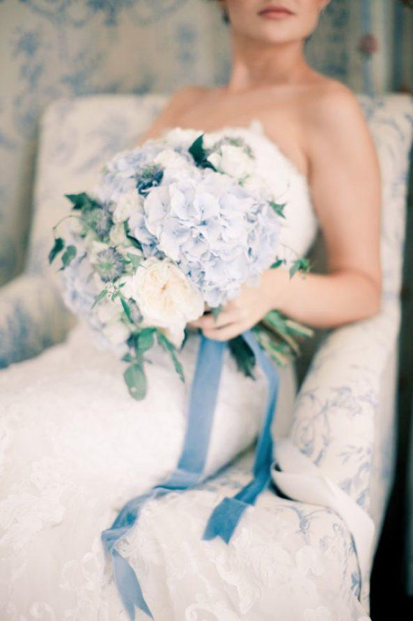 svadebnyi-buket-2-593x890 Оформление свадьбы цветами, картинка, фотография