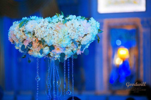 svadebnyj-stol-dekor-i-oformlenie-2-604x403 Свадебный стол: декор и оформление, картинка, фотография