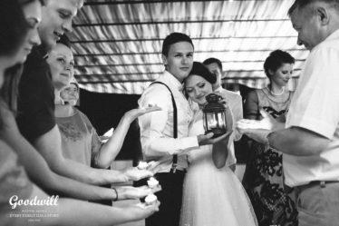 tri-glavnyx-oshibki-na-puti-k-idealnoj-svadbe-9-374x249 Три главных ошибки на пути к идеальной свадьбе, картинка, фотография