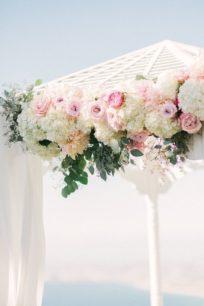 cvety-na-svadbu-Krym-204x306 Выездная церемония: цена, картинка, фотография