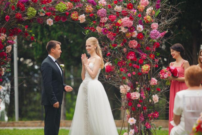 rasevaya-svadba-v-krymu-676x451 Сколько стоит организация свадьбы в Крыму?, картинка, фотография