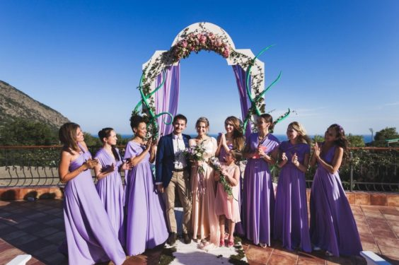 svadba-v-krumy-s-vidom-na-goru-564x375 Где провести выездную церемонию в Крыму: советы свадебных организаторов, картинка, фотография