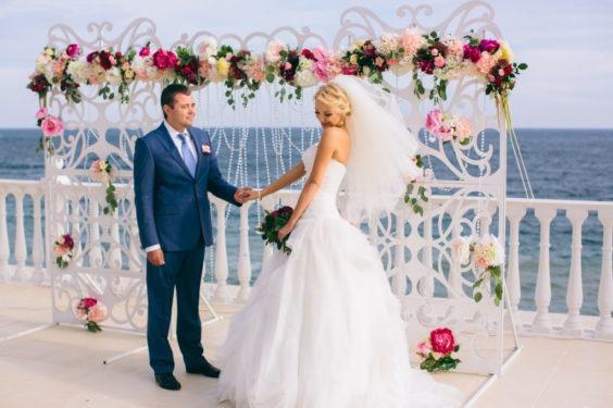 svagba-v-krumy-y-moryia-2--564x375 Где провести выездную церемонию в Крыму: советы свадебных организаторов, картинка, фотография