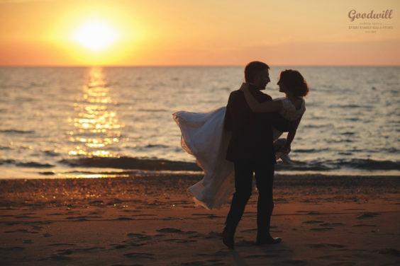 krasivaya-svadba-v-Krymu-1-564x376 Свадьба на двоих в Крыму, картинка, фотография
