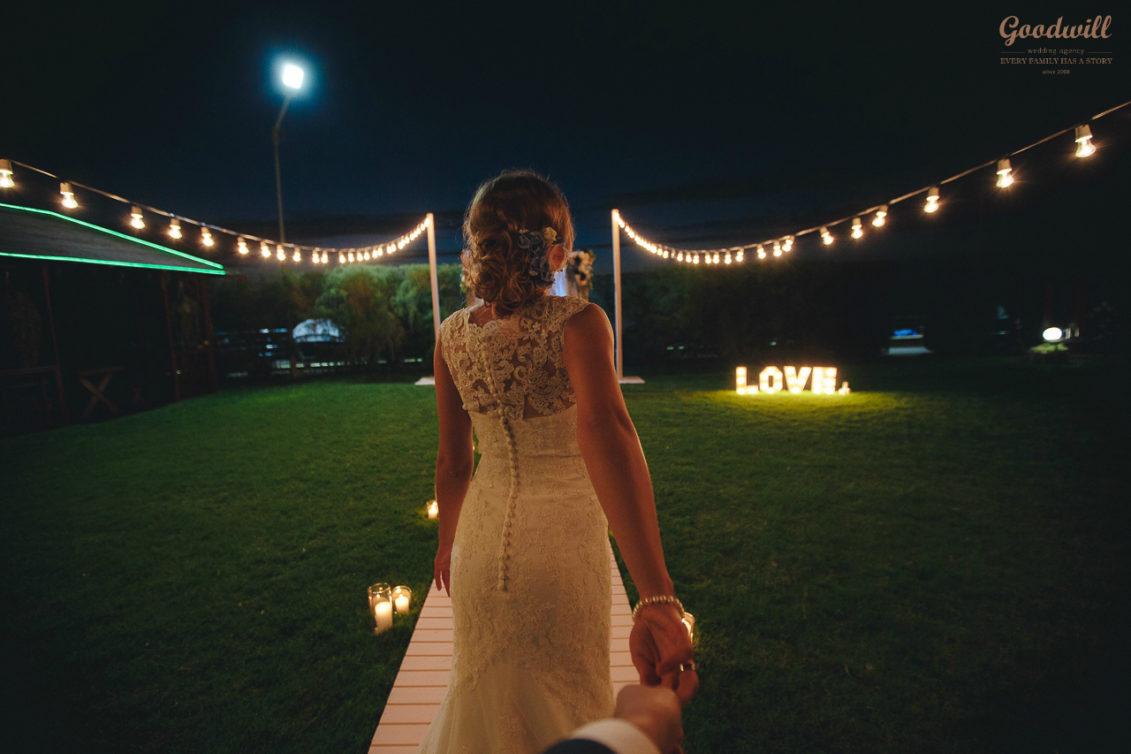 svadba-na-dvoix-v-krymu--1131x754 Свадьба на двоих в Крыму, картинка, фотография