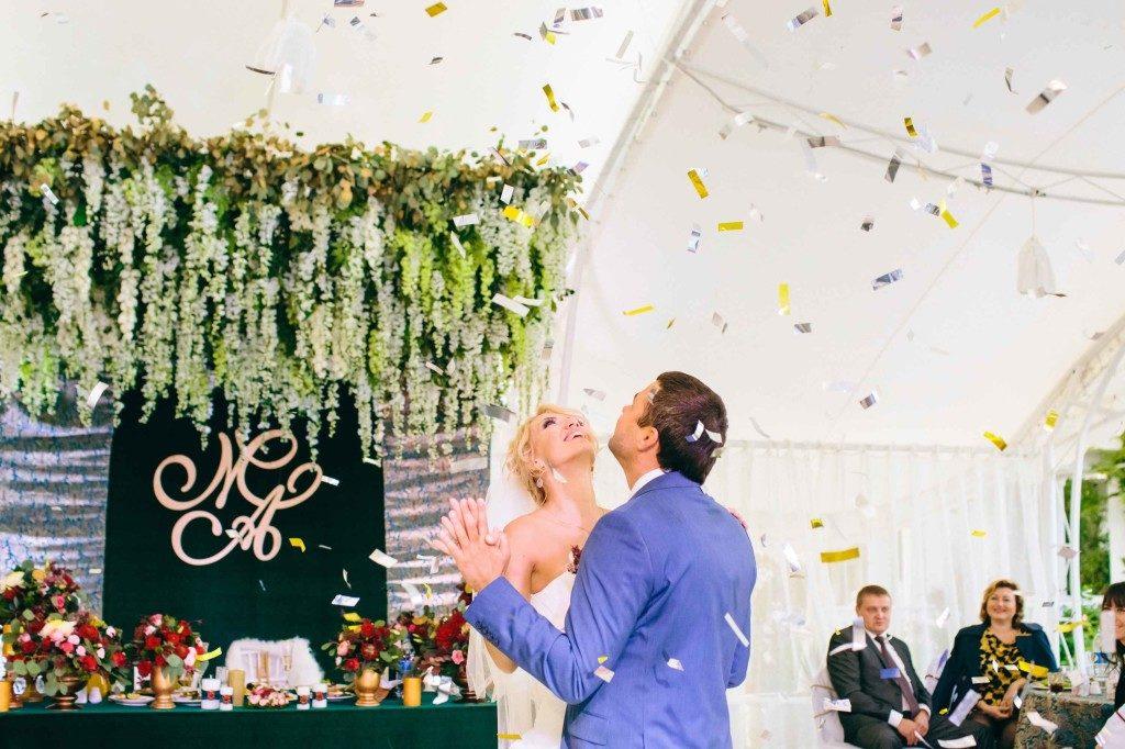 krasivaya-svadba-krym- Свадебный организатор – это выгодно, картинка, фотография