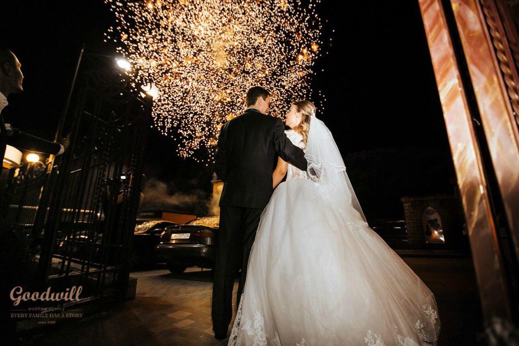 organizaciya-svadby-v-krymu- Организация свадьбы в Крыму: выбираем агентство, картинка, фотография