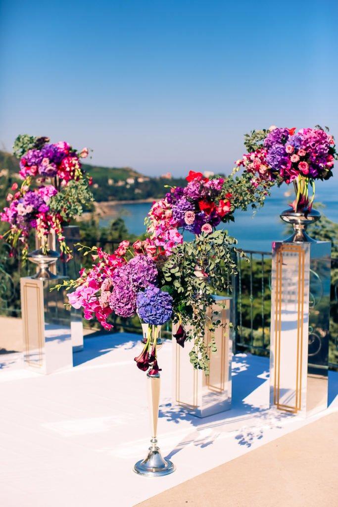 tsvety-decor-floristika-na-svadbu-Krym Аренда декора для свадеб и выездных церемоний в Крыму, картинка, фотография