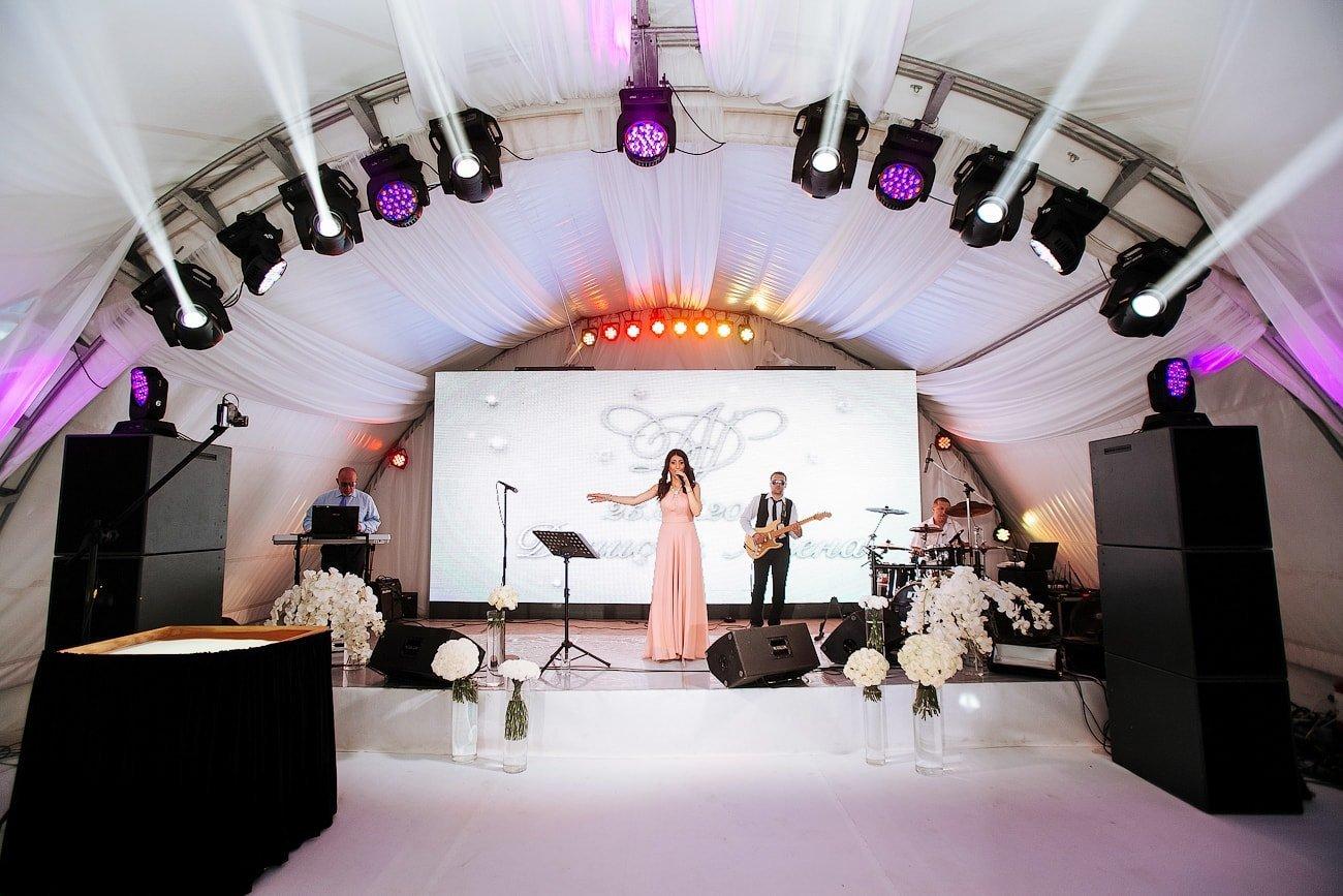 Аренда шатров и оборудования на свадьбу в Крыму