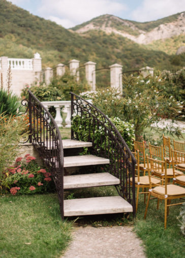 dekor-svadby-v-krymu-4-1-732x1024-364x509 Декор свадьбы в Крыму, картинка, фотография