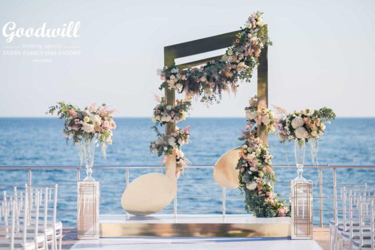 dekor-svadby-v-krymu-5-2-1024x683-753x502 Декор свадьбы в Крыму, картинка, фотография