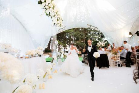 svadba-v-shatre-v-krymu-4-1024x683-459x306 Свадьба в шатре в Крыму: оригинально и красиво, картинка, фотография