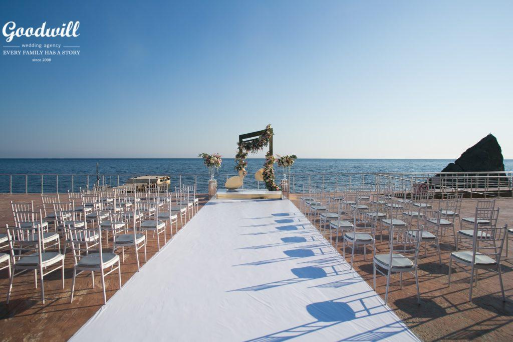 svadba-v-krymu-na-beregu-morya-1024x683 Свадьба в Крыму на берегу моря, картинка, фотография