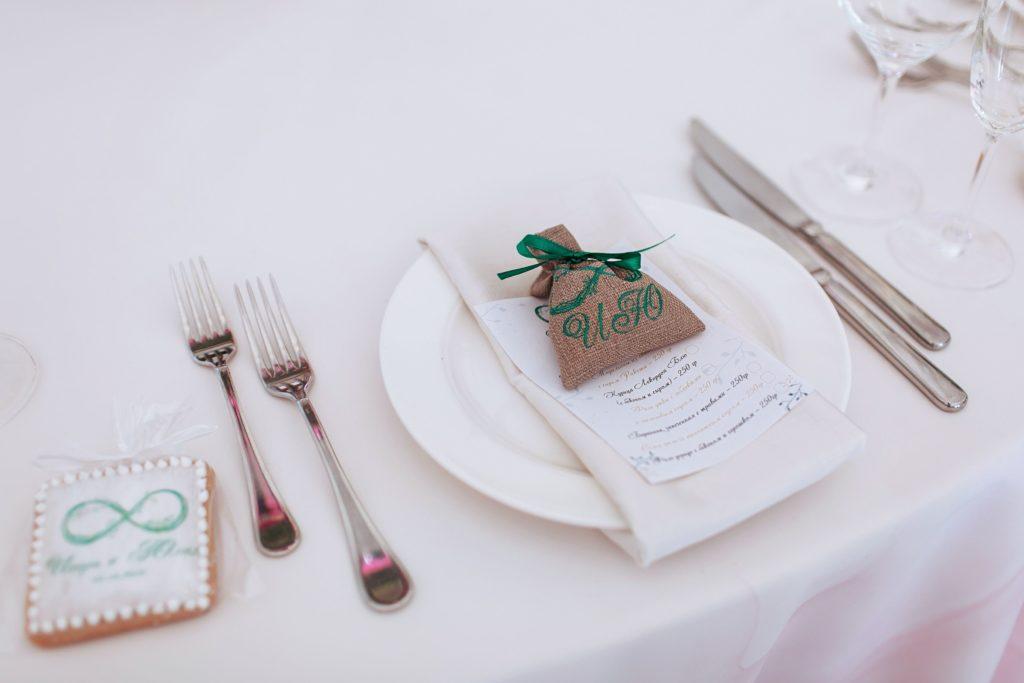 Оформление банкетного пространства на свадьбу в Крыму