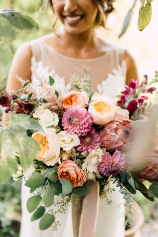 svadba-osenyu-v-krymu-9-317x476 Свадьба осенью в Крыму. Самая детальная инструкция по воплощению, картинка, фотография