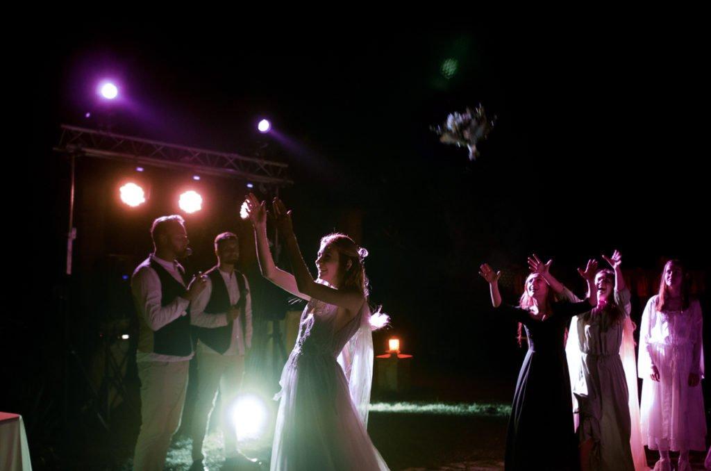 Первый танец молодых в Крыму