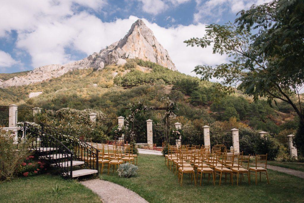 Выездная церемония в Белом замке Судак