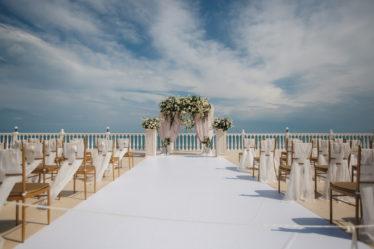 svadba-v-krymu-stoimost-270318_21-374x249 Свадьба в Крыму: стоимость организации, картинка, фотография