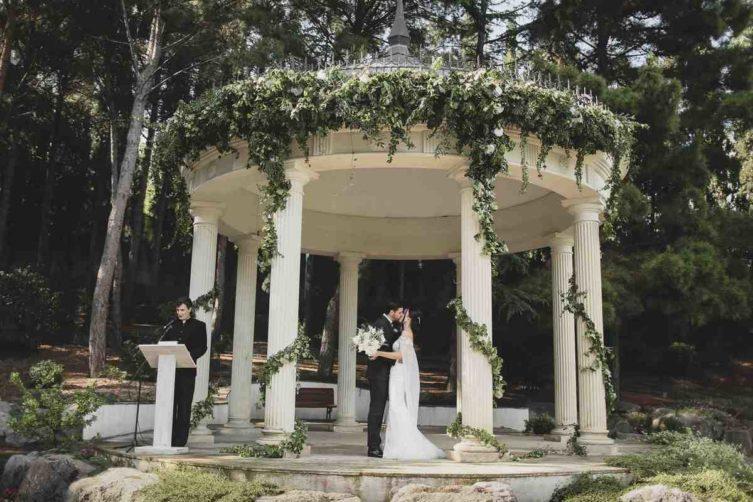 svadba-v-krymu-stoimost-270318_28_1-753x502 Свадьба в Крыму: стоимость организации, картинка, фотография