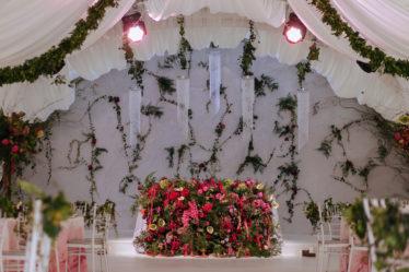 svadba-v-krymu-stoimost-270318_51-374x249 Свадьба в Крыму: стоимость организации, картинка, фотография