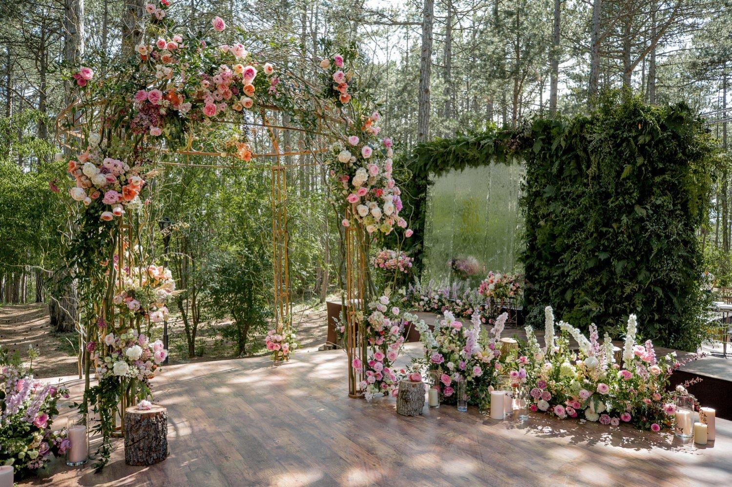 Оформление фотозоны свадьбы Крым