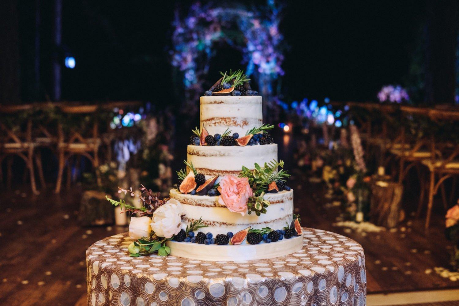 Свадебный торт в Крыму