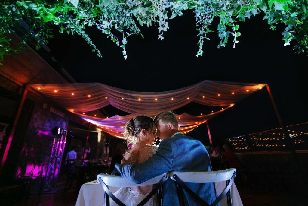 организация свадьбы у моря в крыму