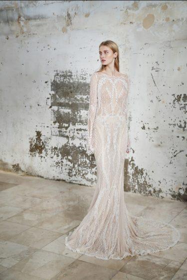 trendy-svadebnykh-platev-2019-17-375x563 Свадебное платье 2019: самые стильные тренды, картинка, фотография