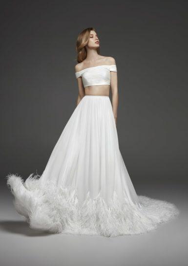 trendy-svadebnykh-platev-2019-2-385x544 Свадебное платье 2019: самые стильные тренды, картинка, фотография