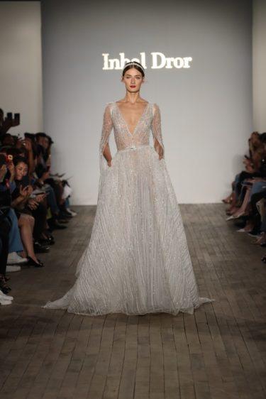 trendy-svadebnykh-platev-2019-23-375x562 Свадебное платье 2019: самые стильные тренды, картинка, фотография