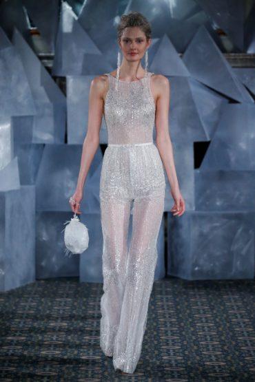 trendy-svadebnykh-platev-2019-5-370x555 Свадебное платье 2019: самые стильные тренды, картинка, фотография