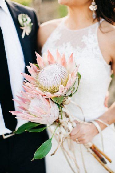 cvety-na-svadbu-12-374x562 Цветы на свадьбу. Хит-парад свадебной флористики, картинка, фотография