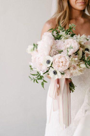 cvety-na-svadbu-24-374x561 Цветы на свадьбу. Хит-парад свадебной флористики, картинка, фотография