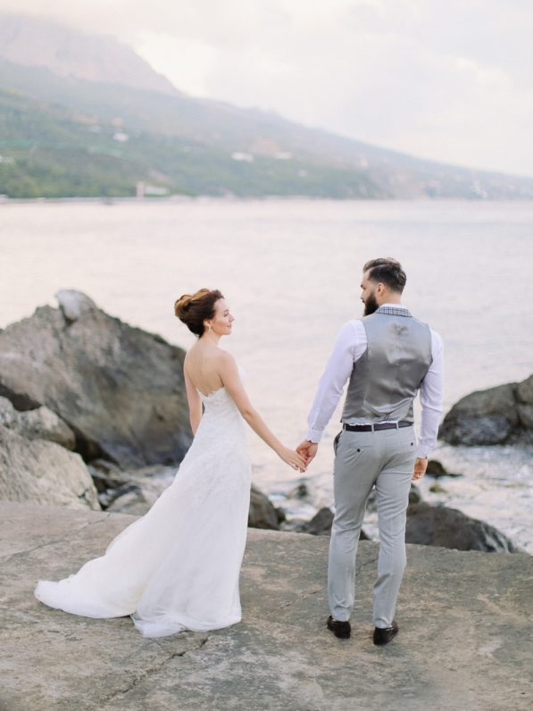 svadba-u-morya-v-krymu-597x796 Свадьба у моря, картинка, фотография