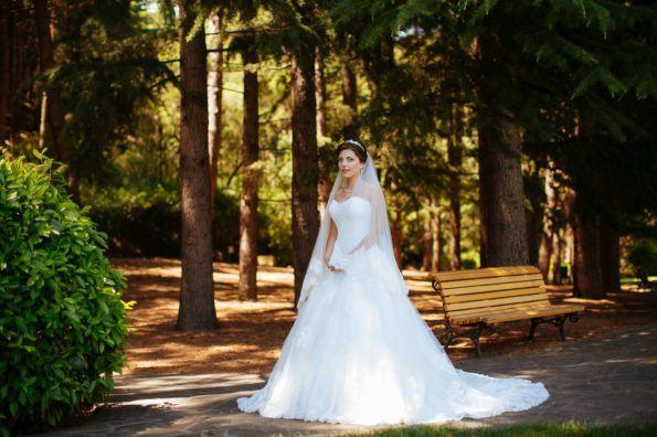 svadba-v-parke-ajvazovskogo-4-595x396 Свадьба в парке Айвазовского. Чем привлекательна эта площадка?, картинка, фотография